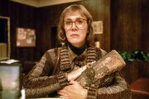 The-Log-Lady-twin-peaks-17264854-660-440