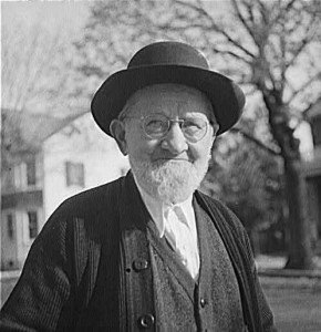Old_Mennonite_Pennsylvania_1942