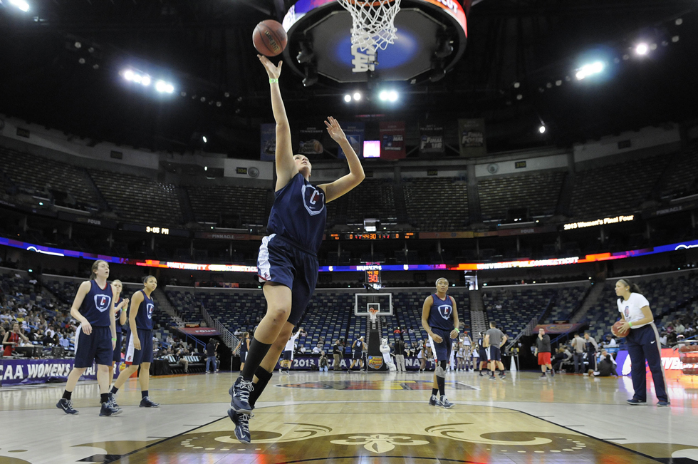 UConn's practice and media session; photos of ND as well. Here is  the sked, and UConn is the No. 1 seed in the second game: News Co