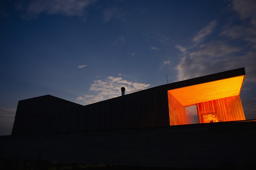 Kielder Observatory, in England, is situated in the remote Kielder forest in the heart of Northumberland. It is a center to promote the science of astronomy and physics to the public. The Solstice event was held to allow visitors to view the sunrise safely using solar viewing glasses and powerful solar telescopes. (Photo by Ian Forsyth/Getty Images)