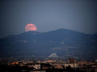 The Supermoon is seen over the city of Rome on June 23, 2013. AFP PHOTO / Filippo MONTEFORTE/AFP/Getty Images