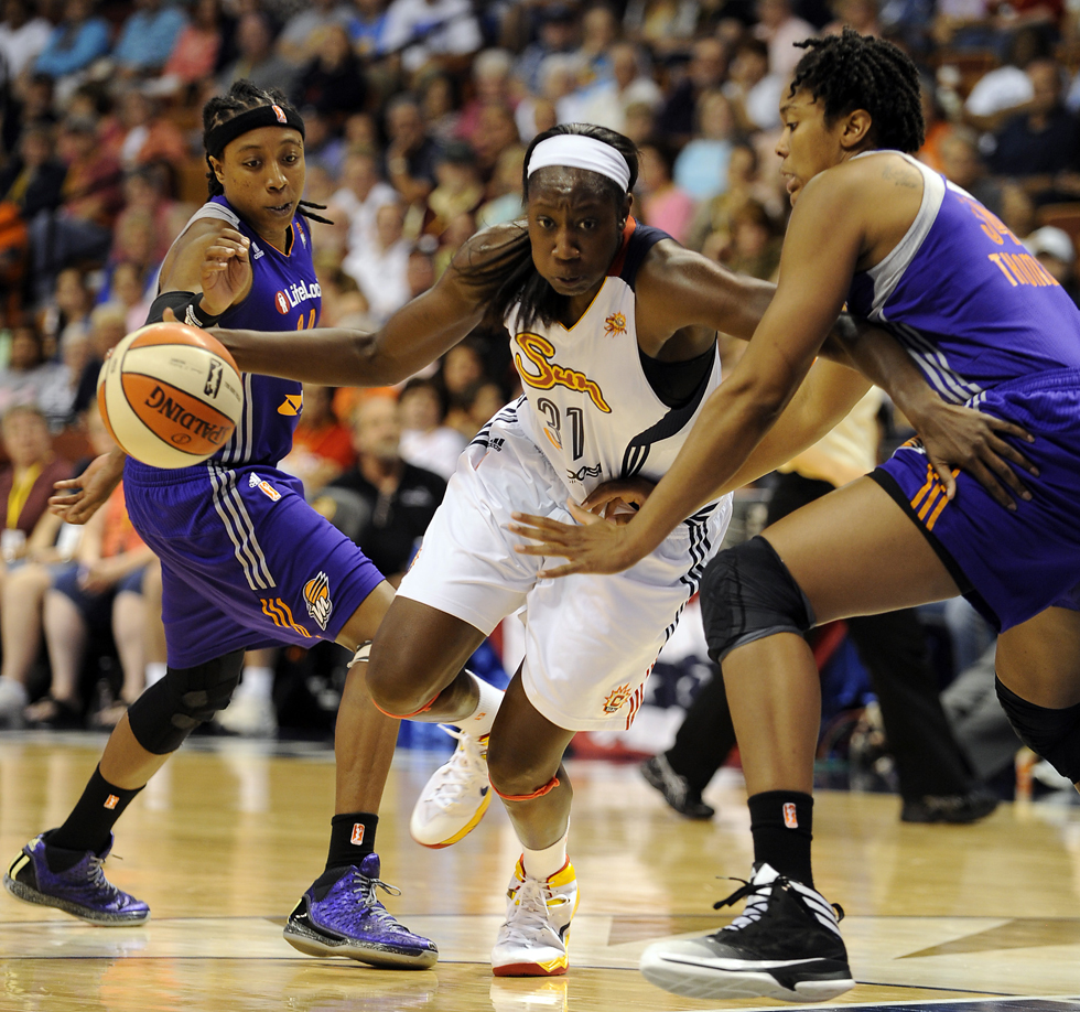 Sun-vs-Mercury-WNBA-26