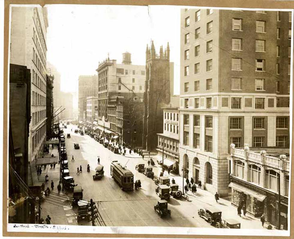 A view south down Main Street in Hartford in the 1930s. Credit: Hartford History Center, Hartford Public Library