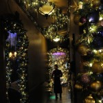 Cava Restaurant Decorates For Christmas