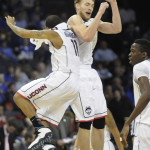 Giffey Leads UConn's Rout over Memphis